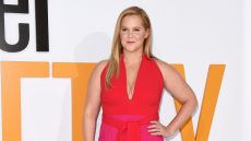 amy schumer trainwreck 2 pregnancy critics choice awards