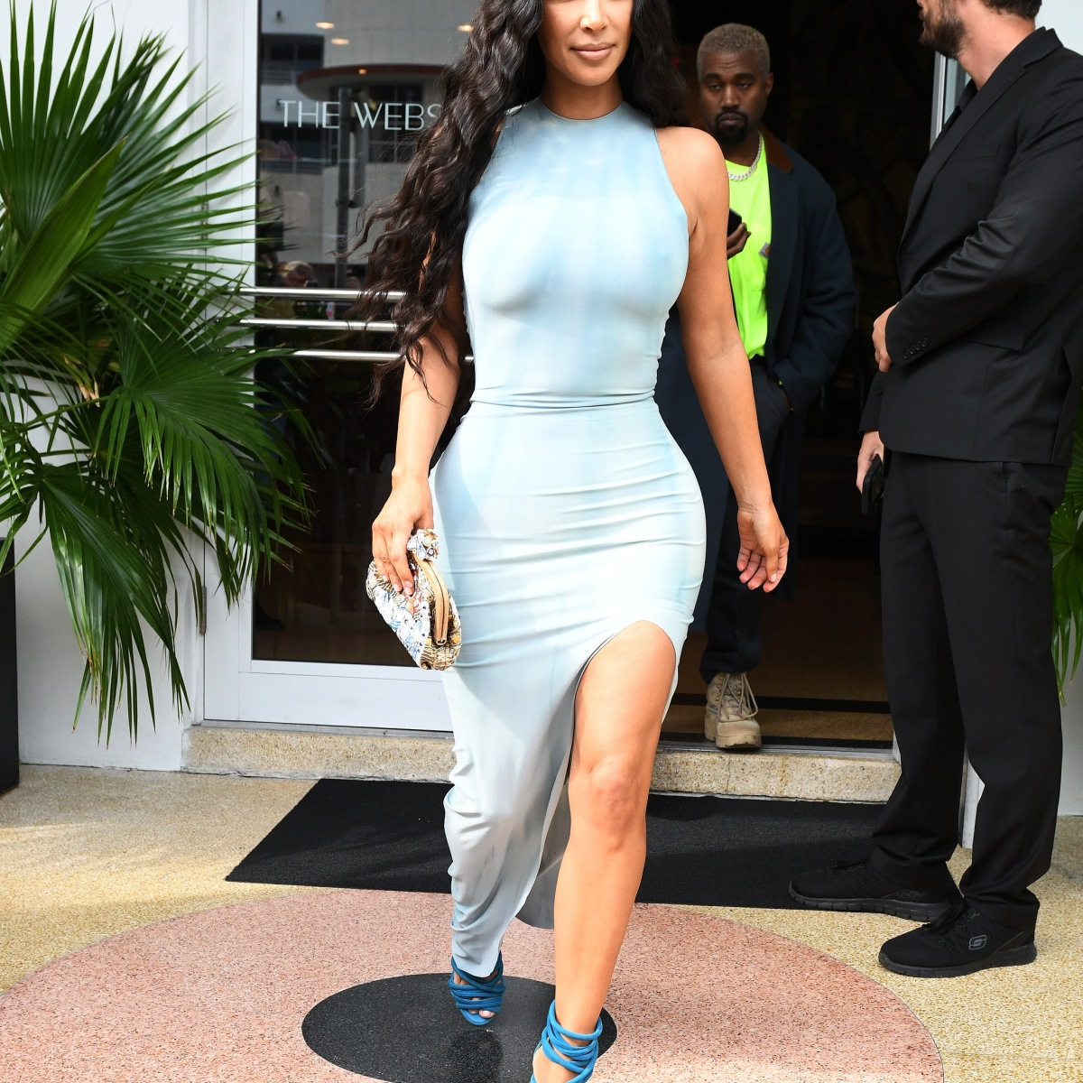 31041ab3a8d9 Kim Kardashian And Kanye West Look Hot Out Shopping In Miami