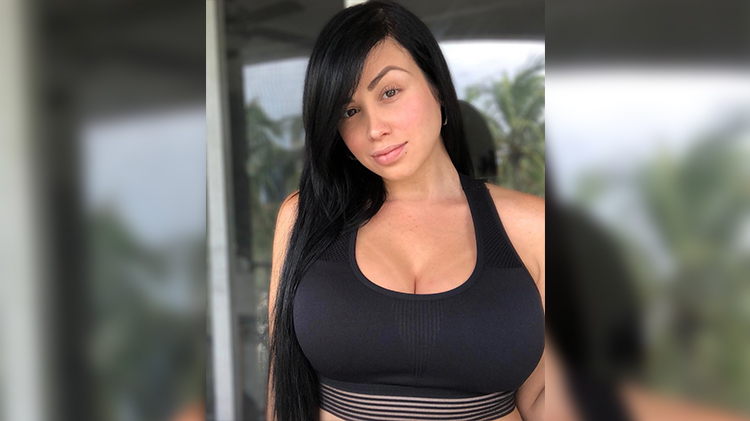 '90 Day Fiancé' Star Paola Shares Breast Pumping Pic Before Going on a Mom's Night Out
