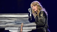Is Taylor Swift Dropping a New Album? See Fan Theories About TS7