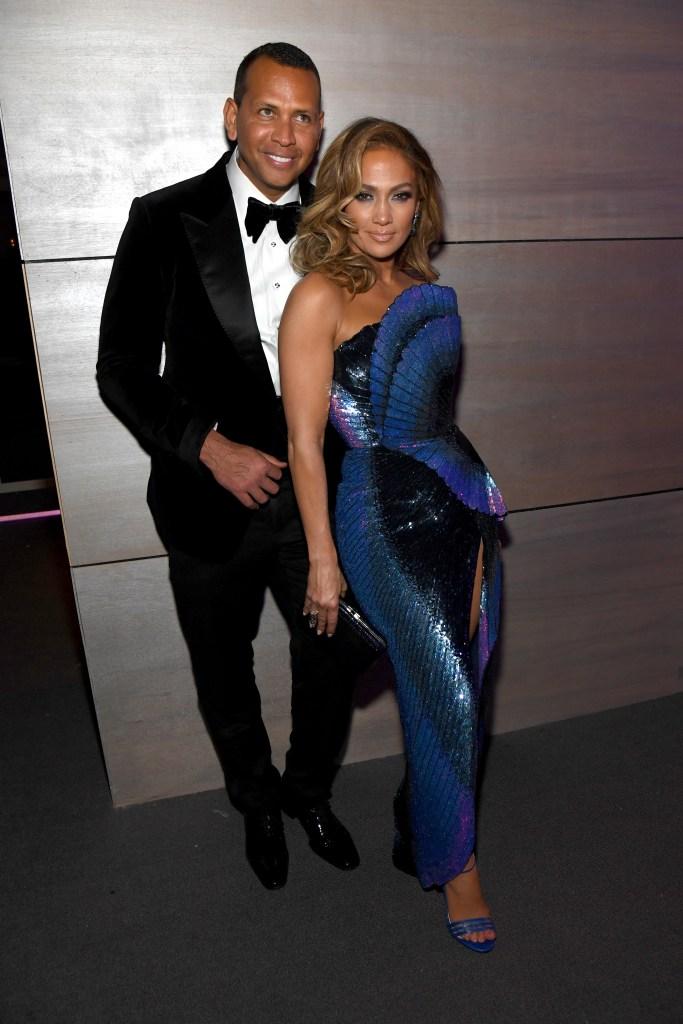 Jennifer Lopez Alex Rodriguez 2019 Vanity Fair Oscar Party Hosted By Radhika Jones - Inside