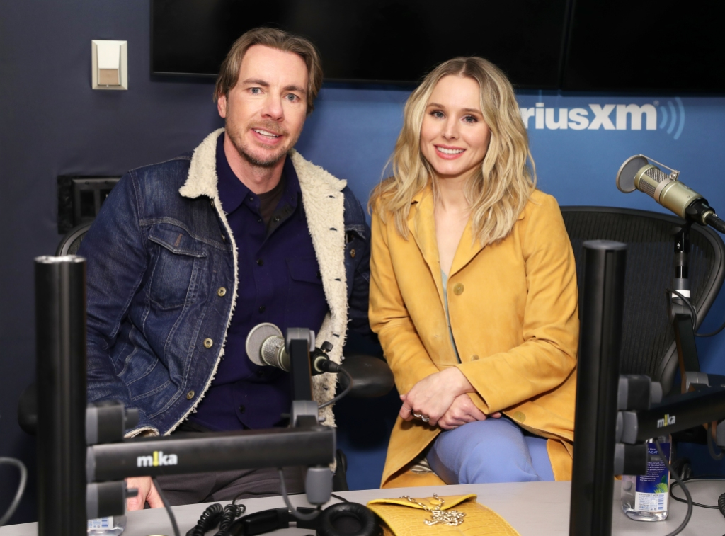 Kristen Bell wore a yellow jacket with Dax shepard