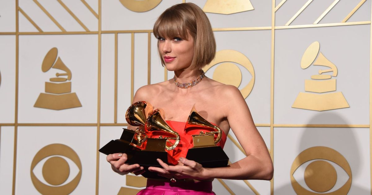 How Many Grammys Does Taylor Swift Have See Her 10 Wins