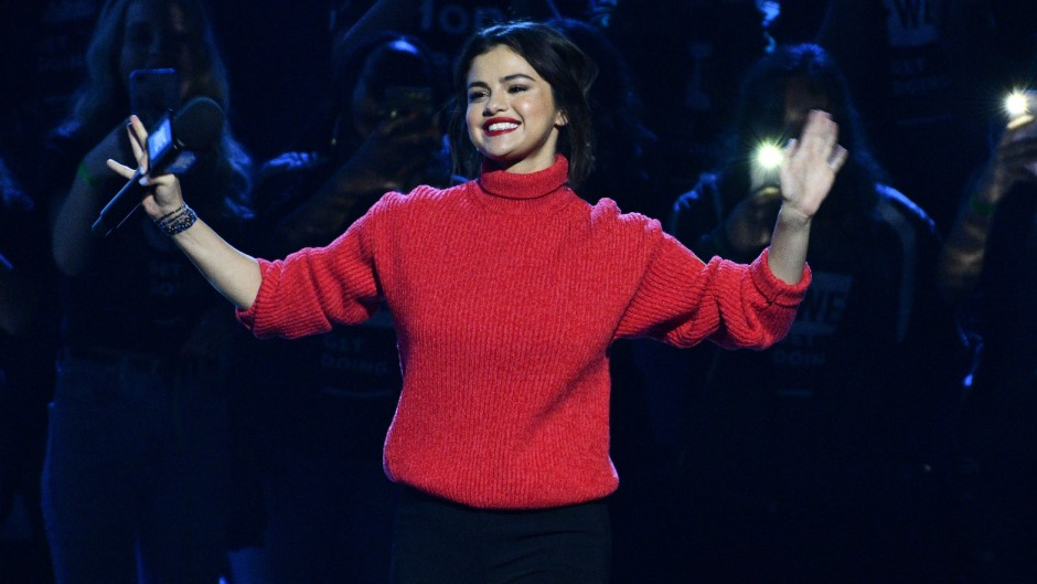 """Selena Gomez appears on J Balvins new song """"I Can't Get Enough"""""""