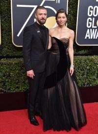 ustin Timberlake posing with wife Jessica Biel