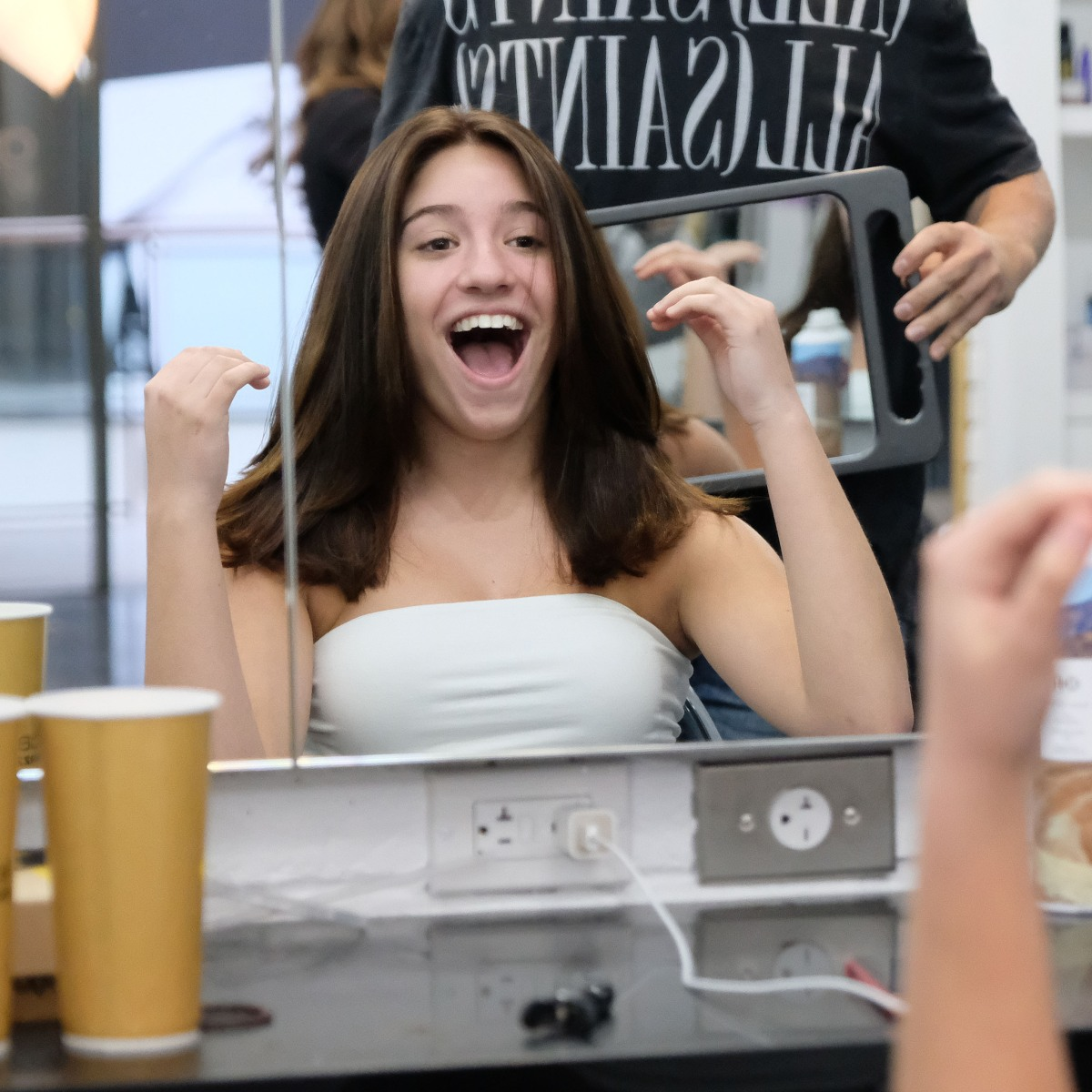 Mackenzie Ziegler Shows Off Her New Hairstyle See Pics