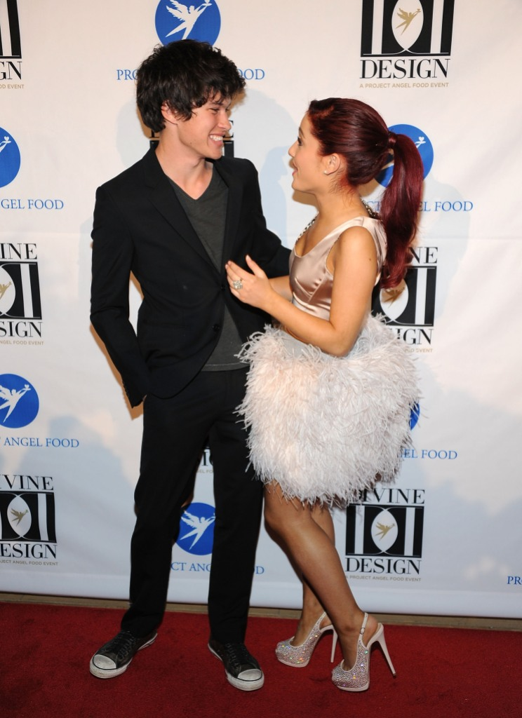 Ariana Grande posing with Graham Phillips in 2011.