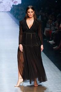 Ashley Graham arrives ahead of Runway 3 at Melbourne Fashion Festival