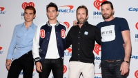 Riverdale shuts down production to mourn the death of luke perry