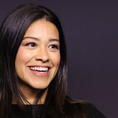 gina rodriguez at an event