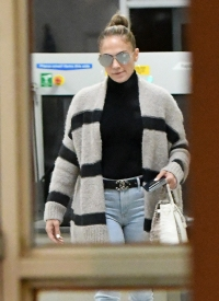 Jennifer Lopez and Alex Rodriguez Are Seen Arriving Back to Miami