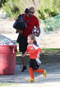 Go, Team, Go! Exes Kendra Wilkinson and Hank Baskett Reunite for Their Daughter's Soccer Game
