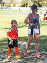 Kendra Wilkinson and Hank Baskett reunite for Alijah first soccer game of the season