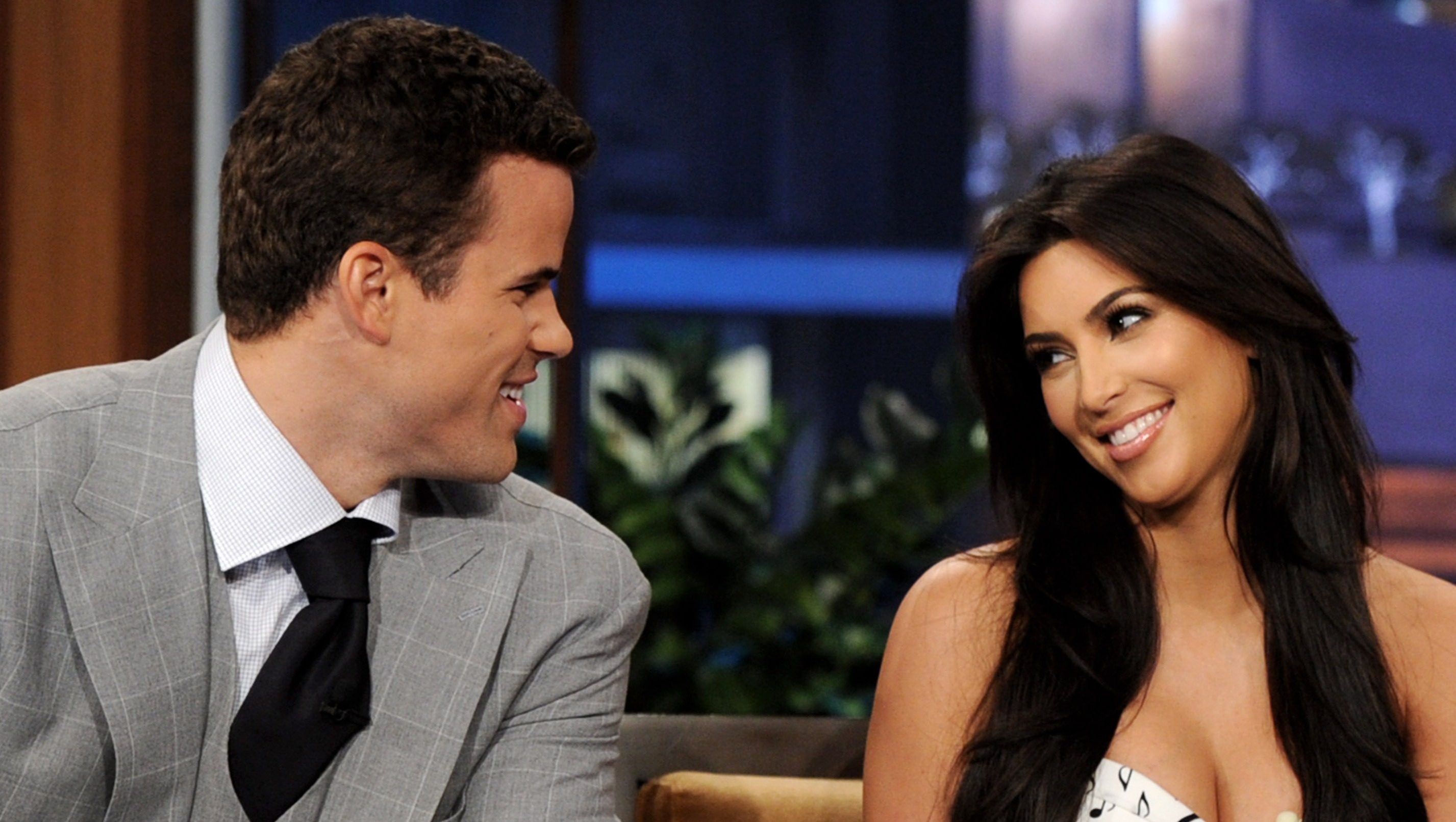 NBA player Kris Humphries (L) and his wife reality TV personality Kim Kardashian appear on the Tonight Show With Jay Leno at NBC Studios on October 4, 2011 in Burbank, California.