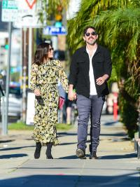 Jenna Dewan Looks Like Spring While Out With Her BF Steve Kazee and Her Daughter In L.A.
