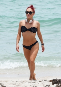 Fun in the Sun These DWTS Star Flaunt Their Toned Tummies All Year Long