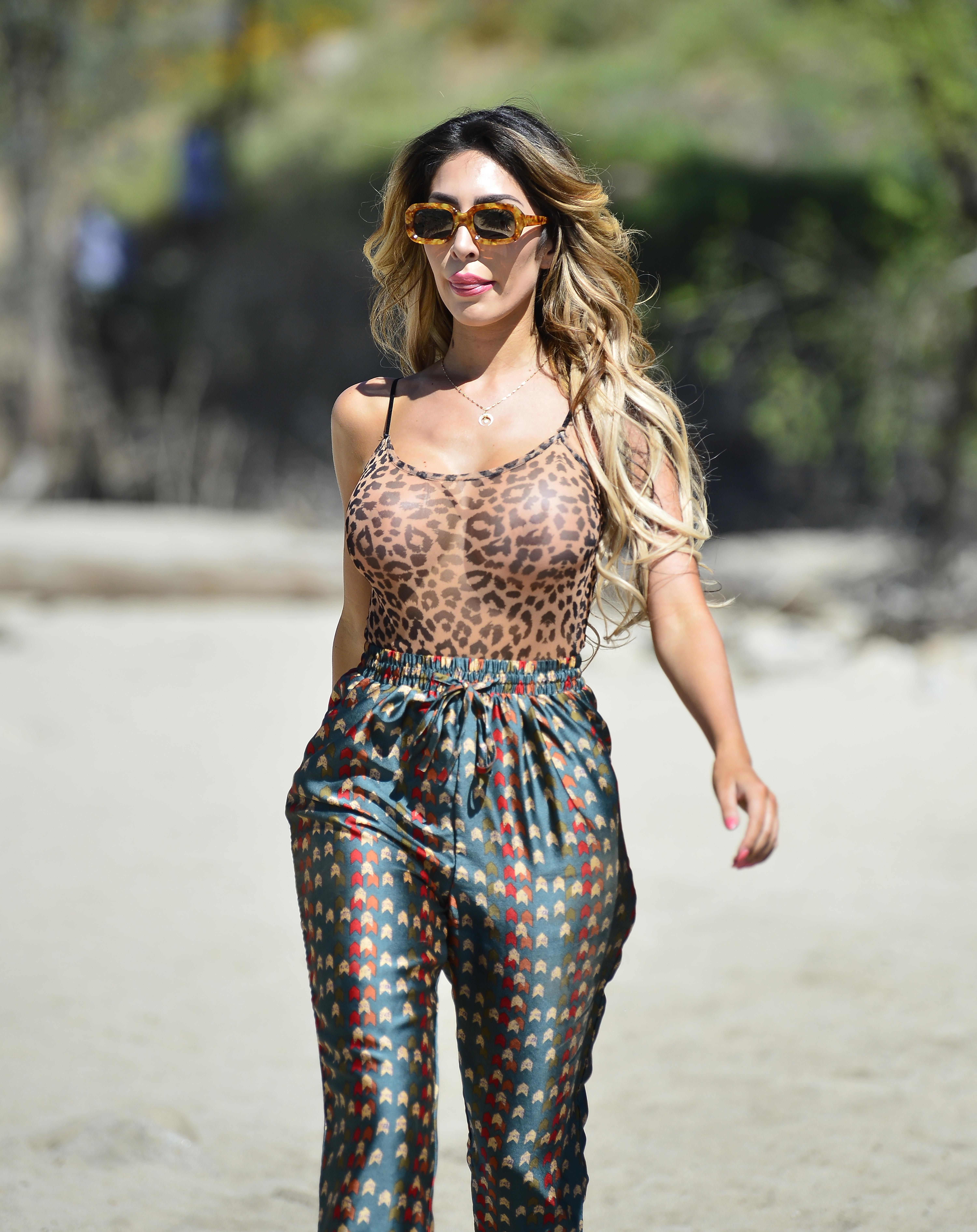 Leopard Abraham Print Sheer Beach Farrah Hits The In Swimsuit 34ALq5Rj