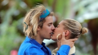 Hailey Baldwin Kissing Justin Bieber