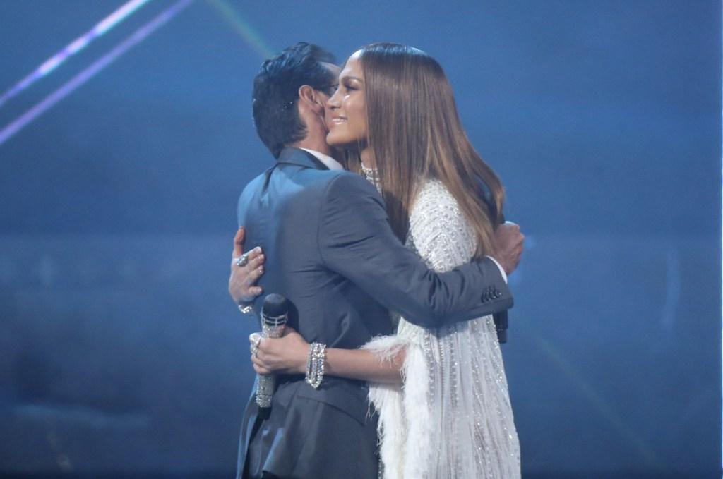 Marc Anthony Jennifer Lopez hugging relationship performing together latin grammys