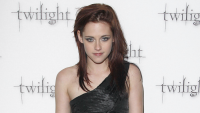 Kristen Stewart in 2008 at the Twilight premiere.