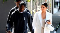 Kylie Jenner Travis Scott pda holding hands shopping