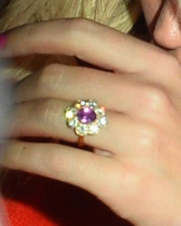 Katy Perry engagement ring pink diamond halo gold band orlando bloom