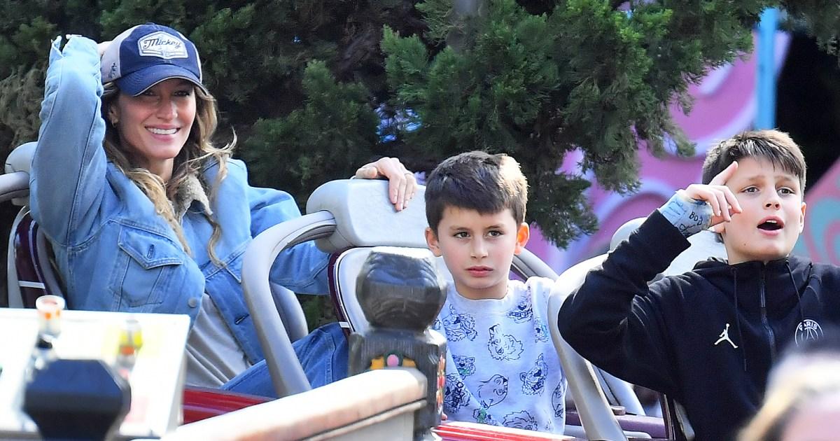 Tom Brady and Gisele Bundchen Go to Disneyland With Kids