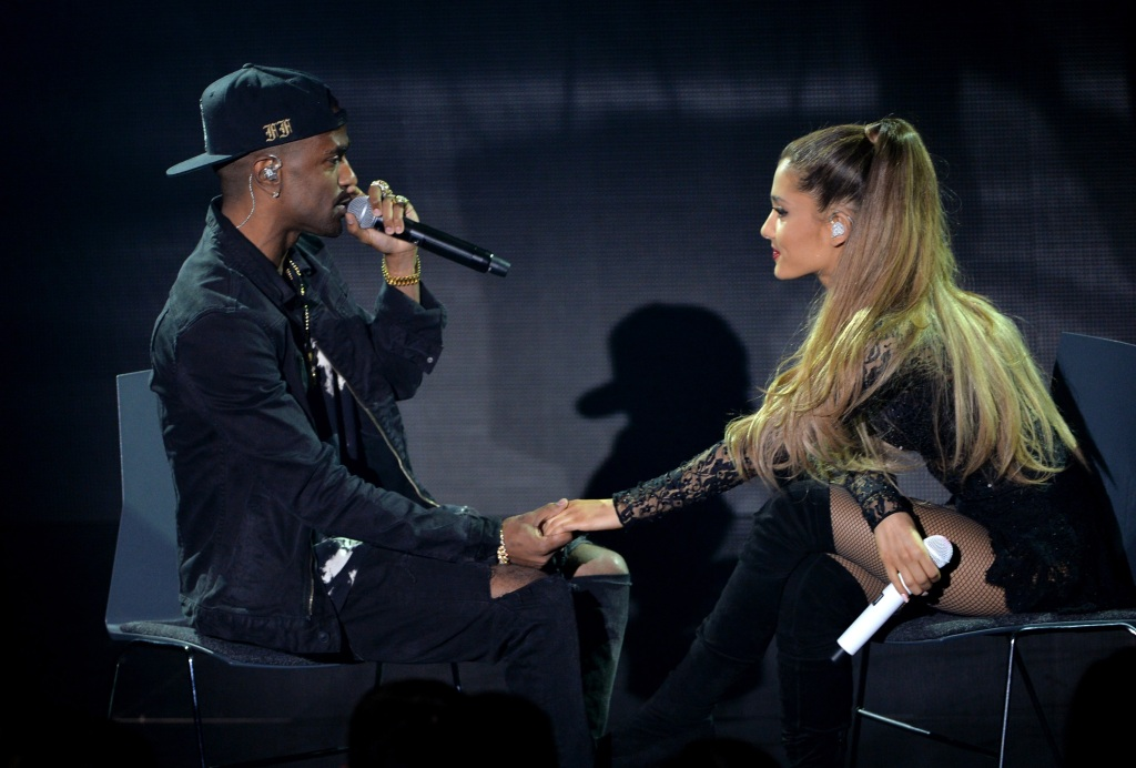 ariana grande and big sean performing