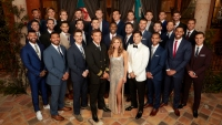 Hannah Brown Bachelorette cast photo bachelor mansion