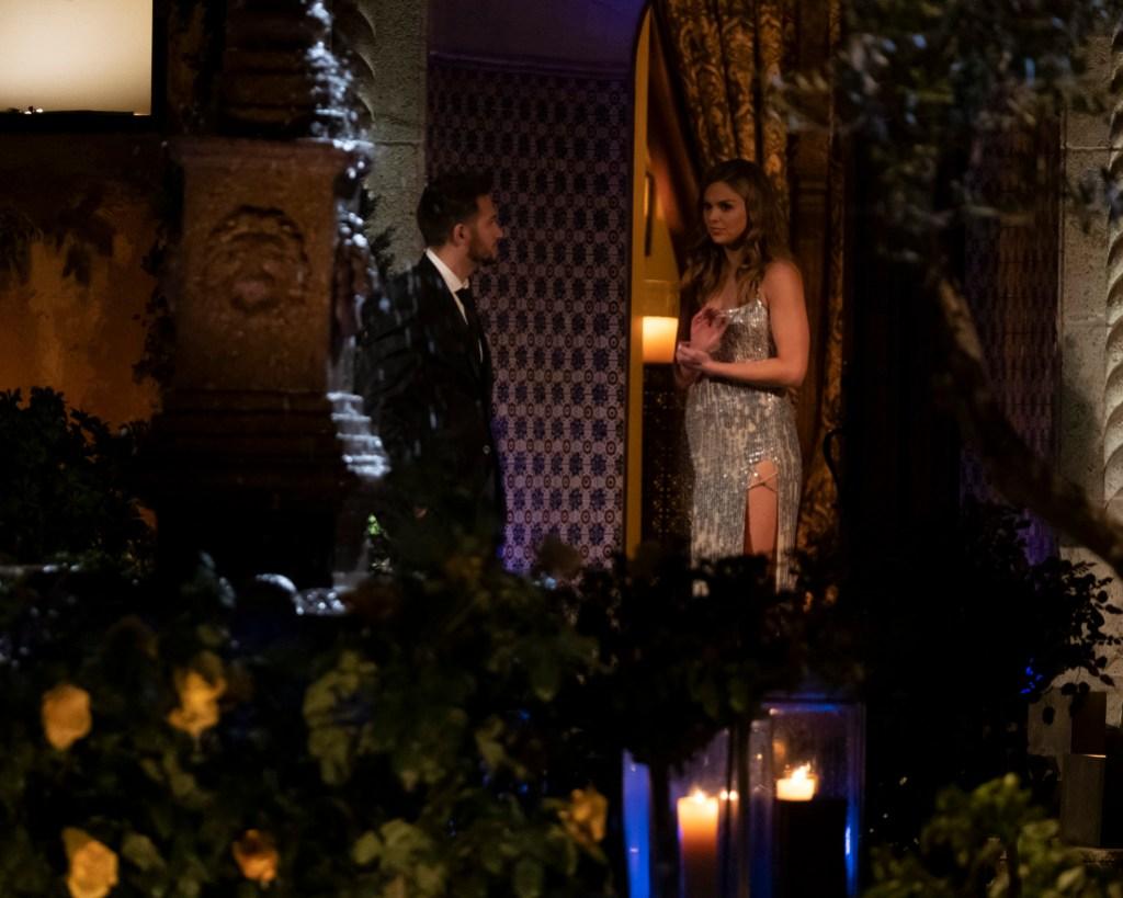 bachelorette Hannah Brown contestant Scott girlfriend bachelor mansion season 15