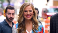 Hannah Brown bachelorette ex boyfriends red lipstick blue dress dating history