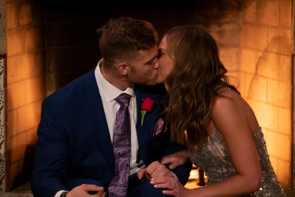 Hannah Brown Luke P kiss the bachelorette night one first impression rose bachelor