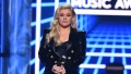 Kelly Clarkson weight loss diet fitness dr gundry plant paradox slams diet rumors