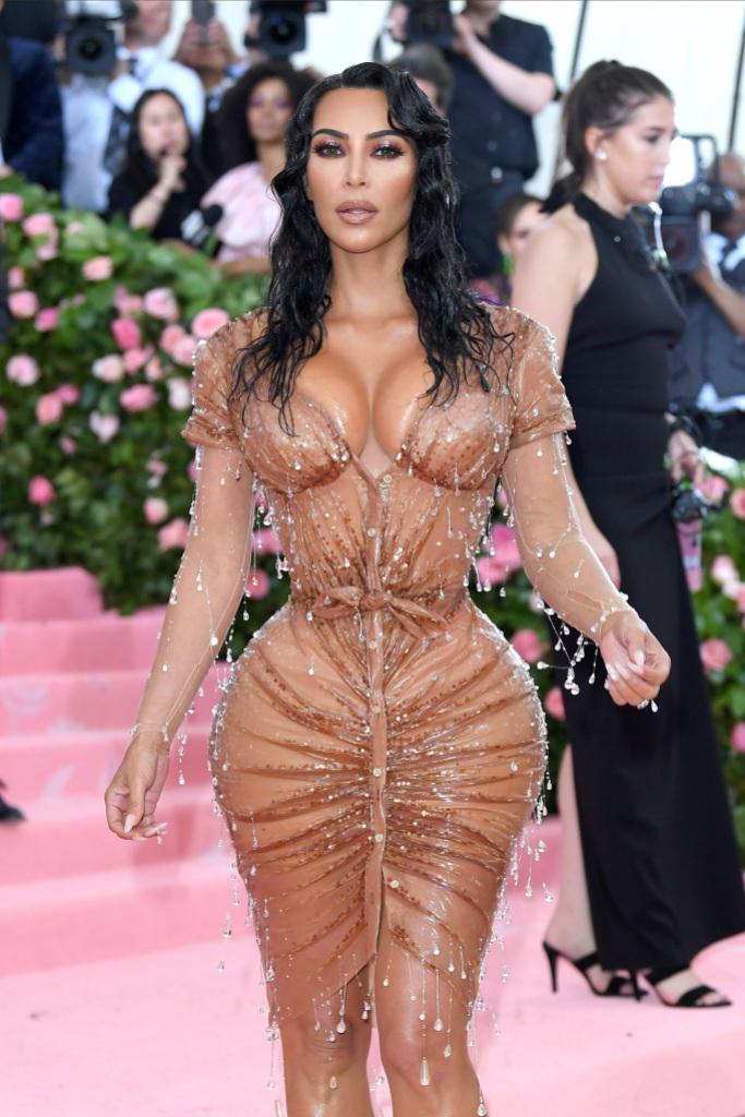 Kim Kardashian 2019 met gala tiny waist corset wet look