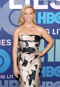 Reese Witherspoon strapless pink and black dress green necklace big little lies