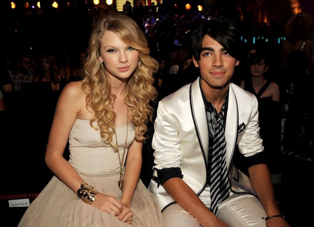 Joe Jonas Taylor Swift relationship dating photos