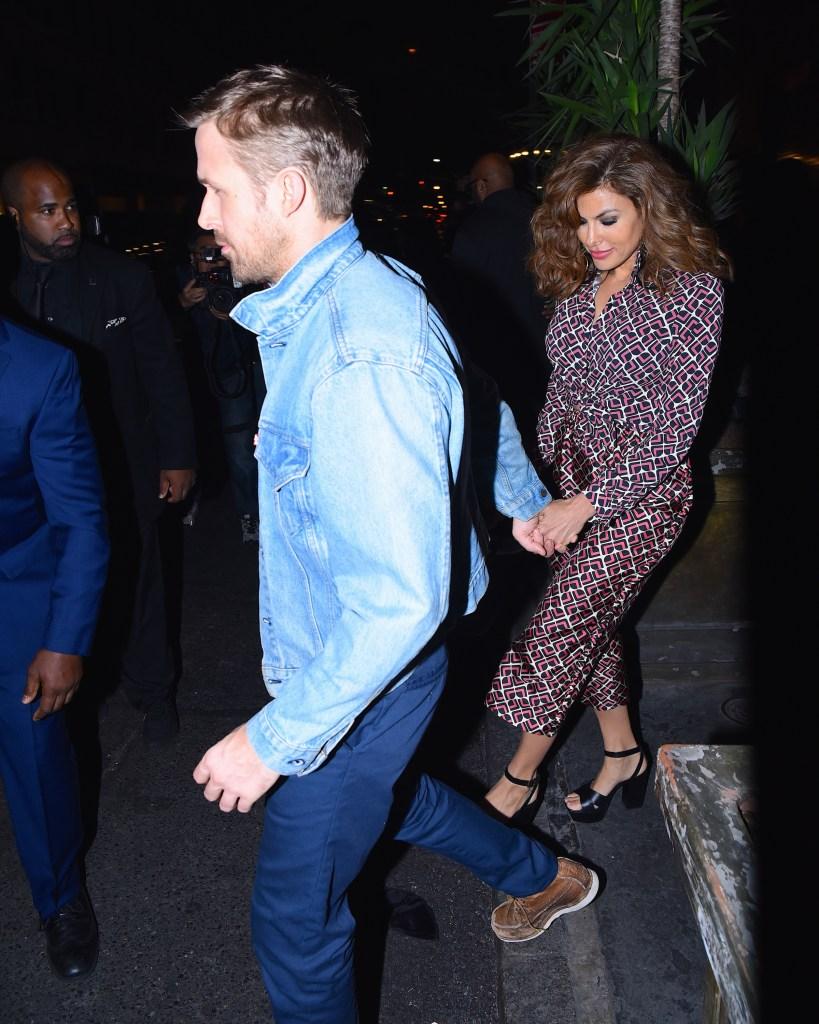 Ryan Gosling Eva Mendes holding hands relationship kids