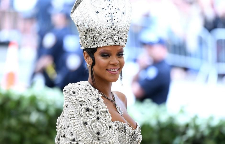 Rihanna 2018 met gala not at met gala pope costume