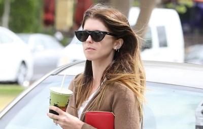 Katherine-Schwarzenegger-errands