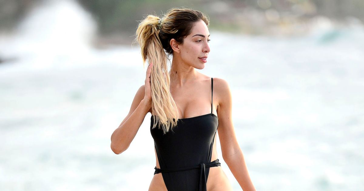 b14bf49af7 Farrah Abraham Is a Total Smoke Show in Booty-Baring Black Swimsuit