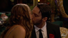 Bachelorette contestant Cam Hannah Brown first kiss first impression