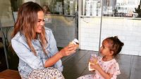 Chrissy Teigen Luna Legend hamster peanut butter feeding pets daughter luna legend