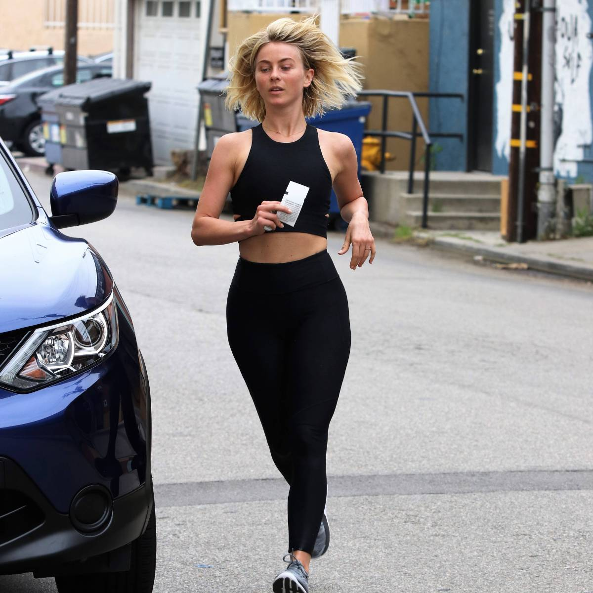 Julianne Hough's Workout Photos Will Inspire You to Hit the Gym!