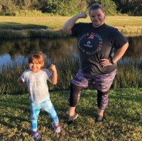 90 Day Fiance Star Nicole Nafziger Shows Off Daughter May Dramatic New Haircut