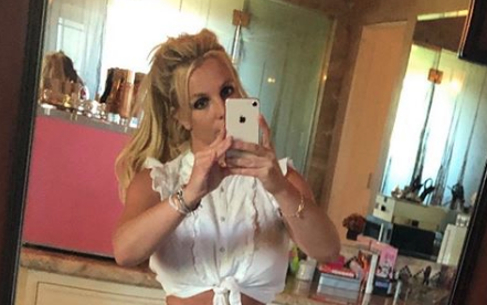 britney spears tiny furniture
