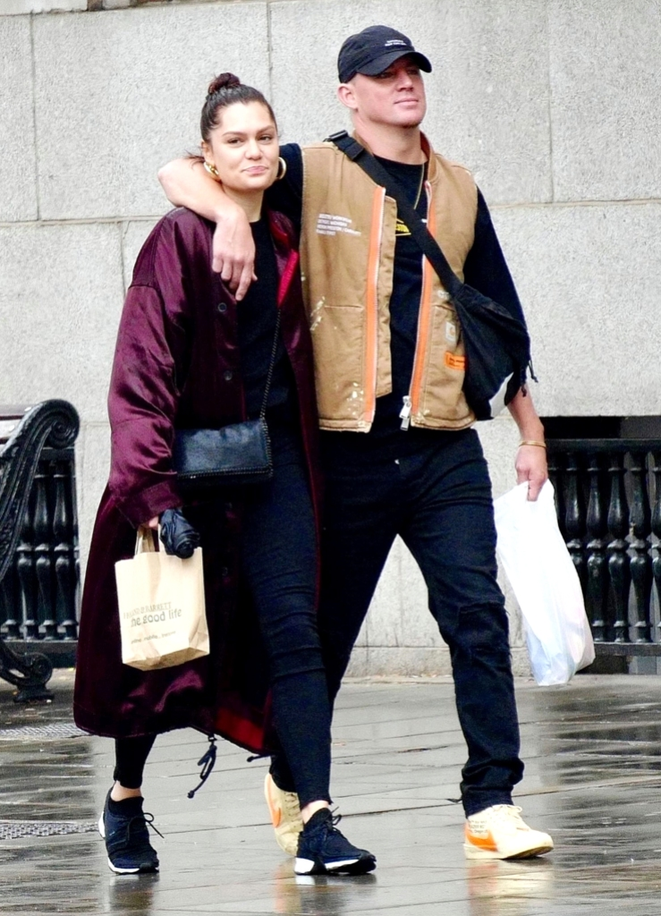 Channing Tatum Jessie J Spotted Together London Love Cuddling Couple