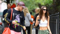 Emily-Ratajkowski-husband-Sebastian-Bear-McClard-and-their-dog-Colombo-kiss-crop-top-3