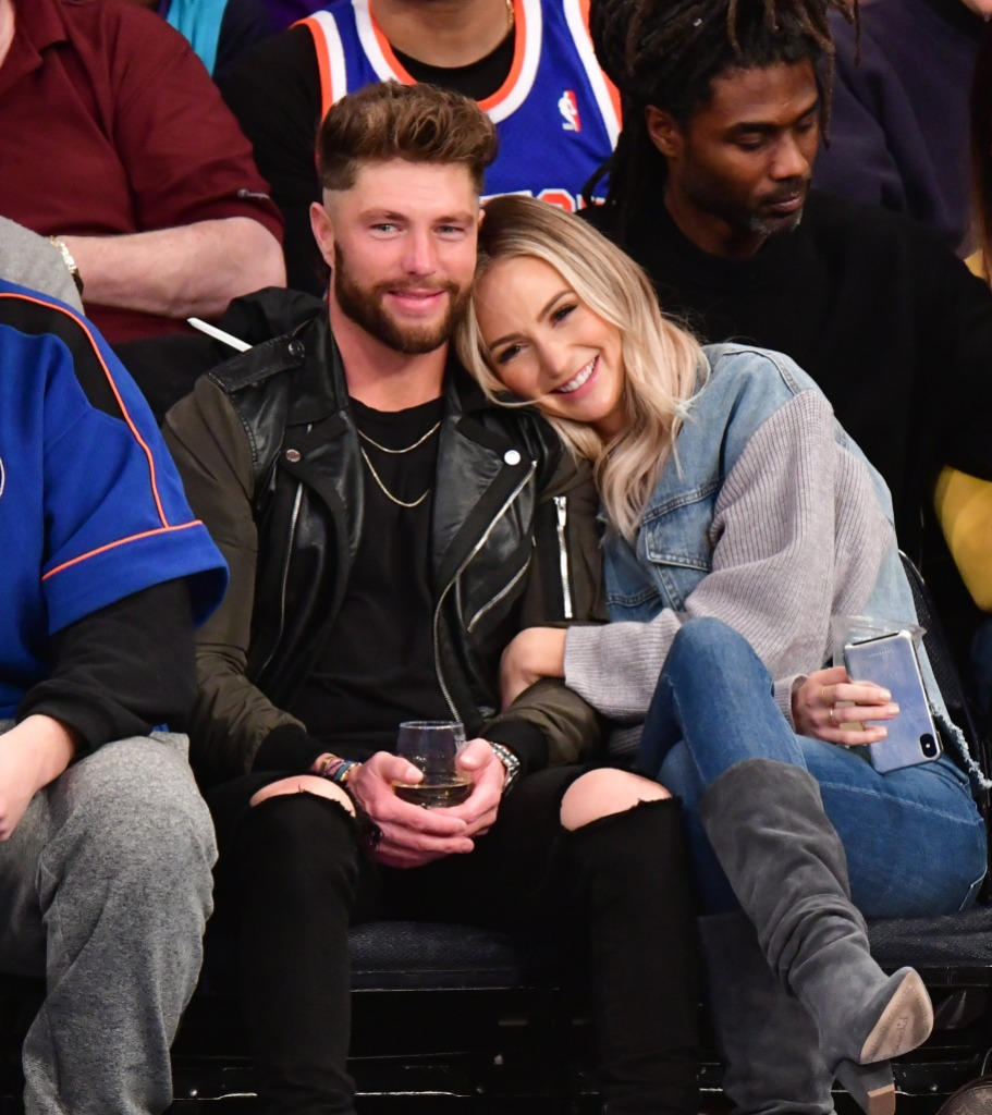 Lauren Bushnell Snuggles Chris Lane While Sitting Courtside at a Basketball Game