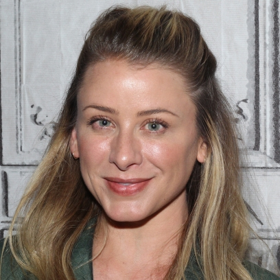 Lo Bosworth the hills mtv will not be on the hills new beginnings blonde hair green eyes