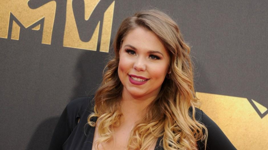 Kailyn Lowry Long Hair in a Black Dress at MTV Awards New House Photos